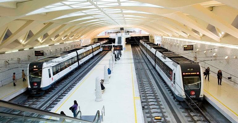 moverse por Valencia en metro