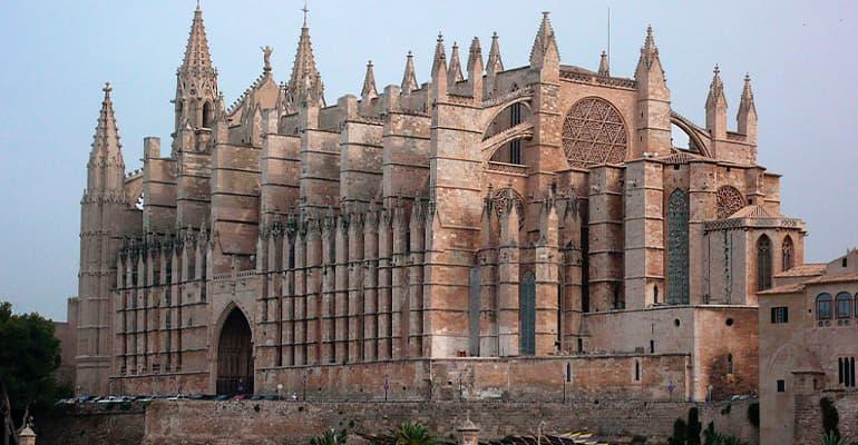 Catedral de Palma, uno de los lugares que ver en Mallorca