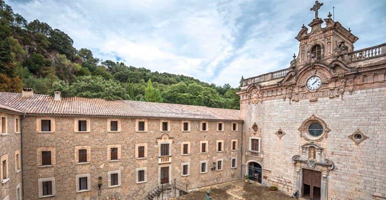 Santuario de Santa María de Lluc en Mallorca