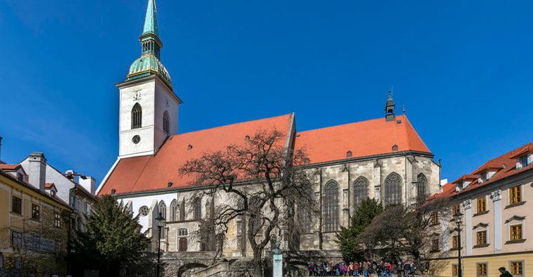 Catedral de San Martín, lugar que ver en Bratislava