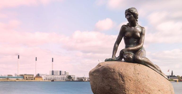 la sirenita, estatua que ver en Copenhague