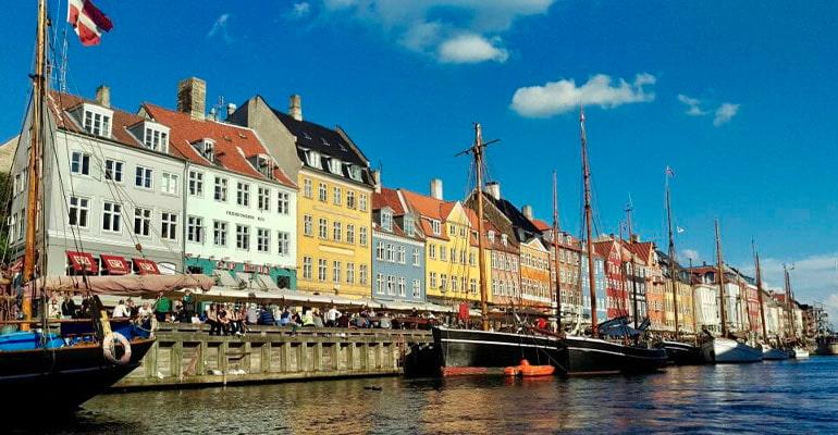 nyhavn, lugar que ver en Copenhague