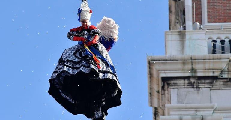 vuelo del ángel carnaval de Venecia