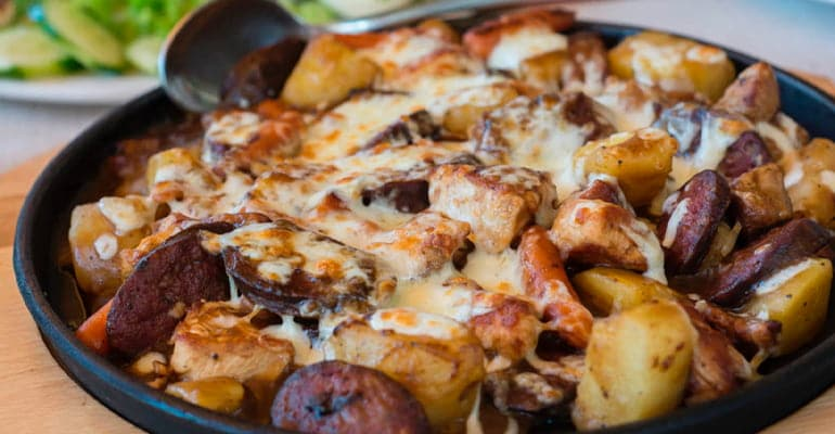 Sach, un plato que comer en Bulgaria