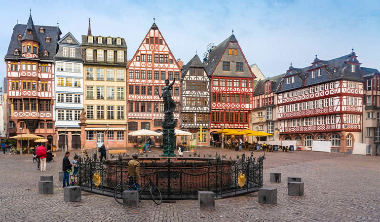 plaza Römerberg, lugar que ver en Frankfurt