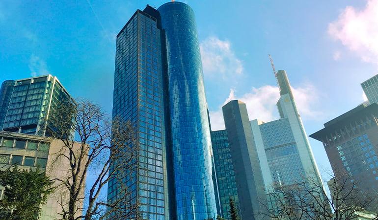 Torre del Meno, lugar que ver en Frankfurt