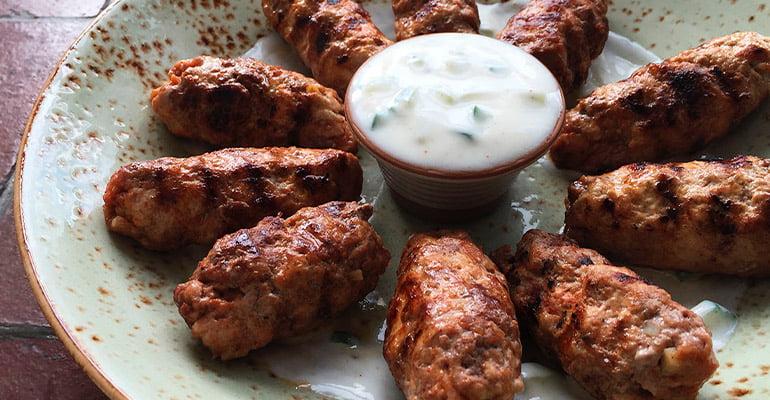 Ćevapčići, plato que comer en Croacia
