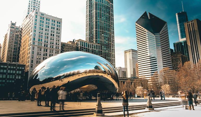 The Bean en el Millennium Park, uno de los lugares que ver en Chicago
