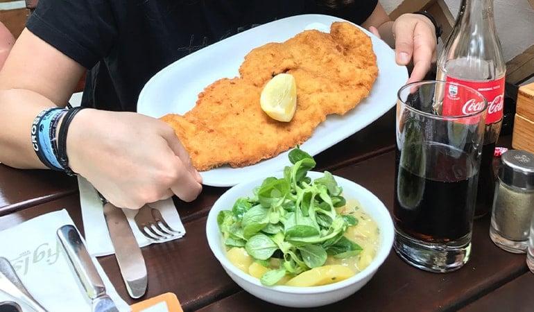 Figlmüller, restaurante de Schnitzel donde comer en Viena