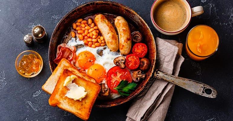 English Breakfast, plato que comer en Reino Unido