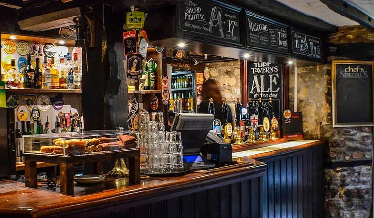 Turf Tavern, pub típico inglés
