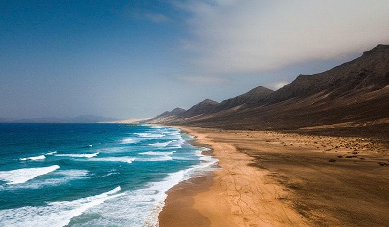 Playa de Cofete, uno de los lugares que ver en Fuerteventura