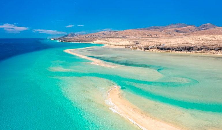 Playa de Sotavento, una de las playas que ver en Fuerteventura