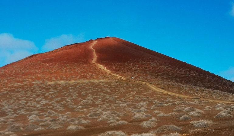 Montaña Bermeja, una de las que ver en La Graciosa
