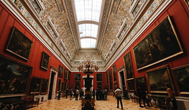 Museo Hermitage, uno de los museos de San Petersburgo